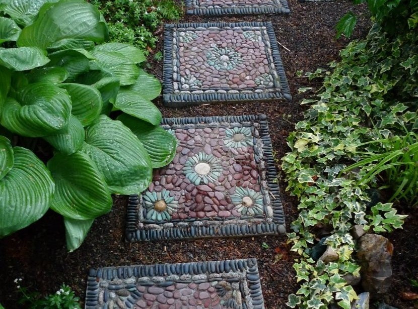 12 AMAZING MOSAIC DESIGNS FOR THE GARDEN