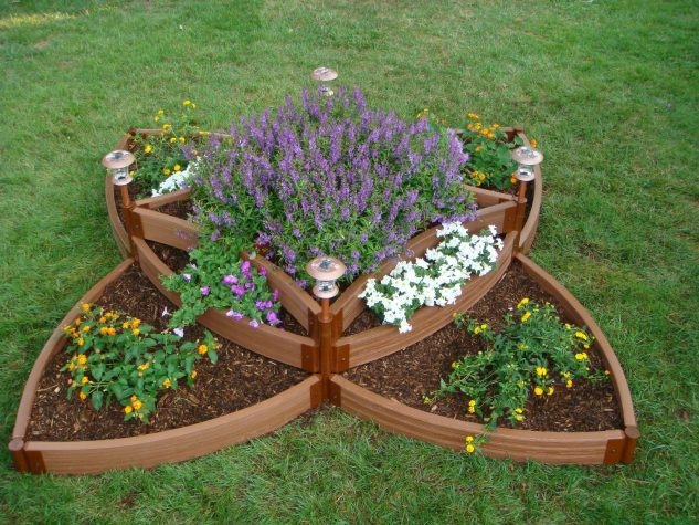 15 AMAZING RAISED GARDEN BED DESIGNS - gardenpicsandtips.com