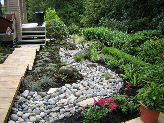 Create A Stunning Feature With Dry Creek Bed Gardenpicsandtips